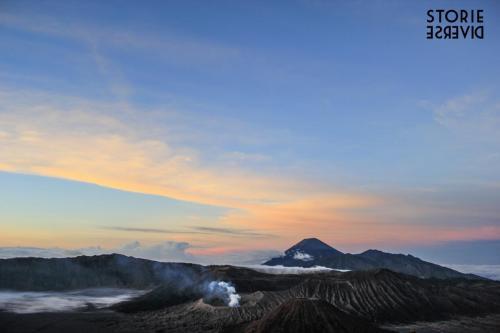 Bromo-10 Indonesia: lo straordinario spettacolo dell'alba sul Vulcano di Bromo