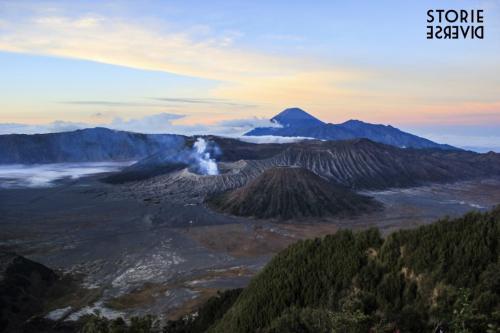 Bromo-12 Indonesia: lo straordinario spettacolo dell'alba sul Vulcano di Bromo