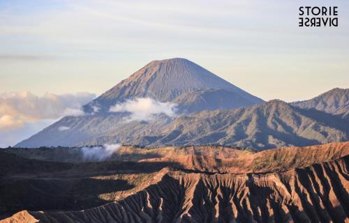 Bromo-18 Indonesia: lo straordinario spettacolo dell'alba sul Vulcano di Bromo